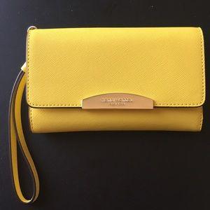New Henri Bendel cell phone wrist wallet